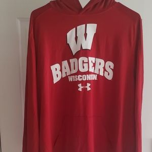 Wisconsin Badger Shirt/Hoodie (Size L)